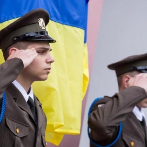 13 мемориальных досок установят на фасадах киевских домов