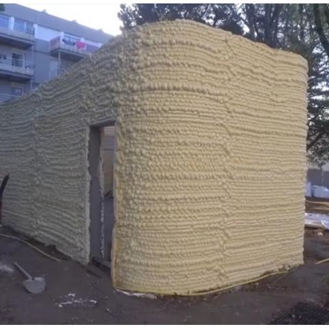 3D-печать дома с помощью монтажной пены (видео)