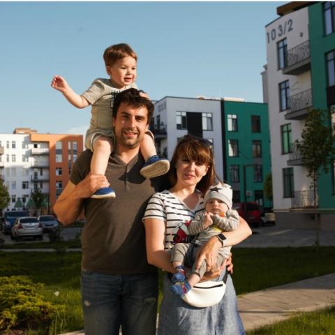 4 новобудови в передмісті Києва