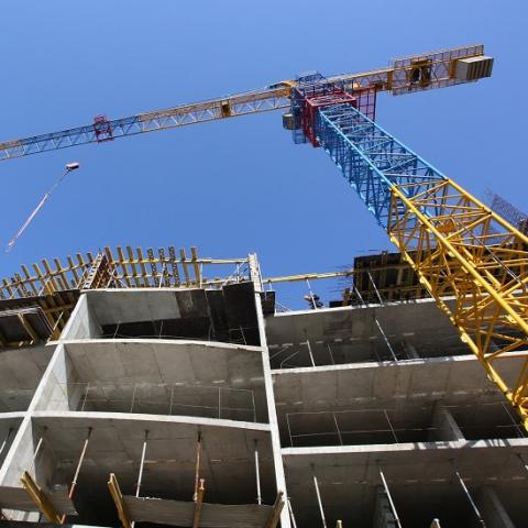 Сколько денег было привлечено в строительство жилья в 2016 году