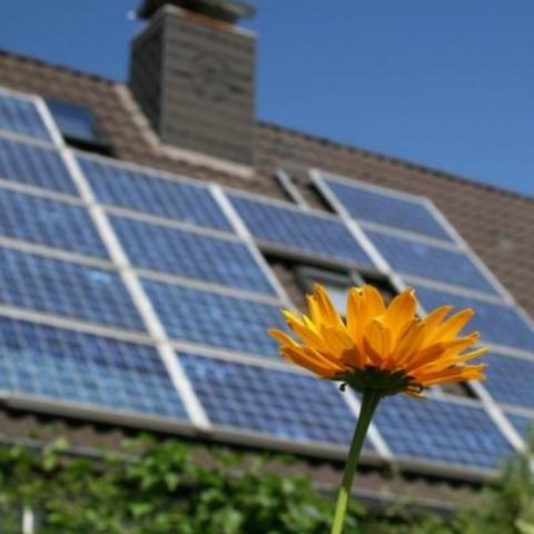 Частным домохозяйствам повысили «зеленый» тариф