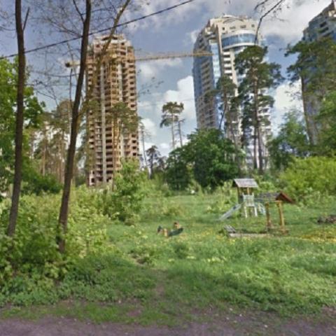 Депутат жалуется на незаконное строительство в Киеве