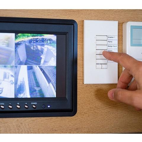 Домашняя камера может заявить на вас в полицию