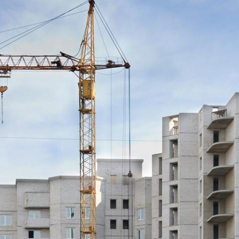 Госстат зафиксировал рост цен на жилье на первичном и вторичном рынке