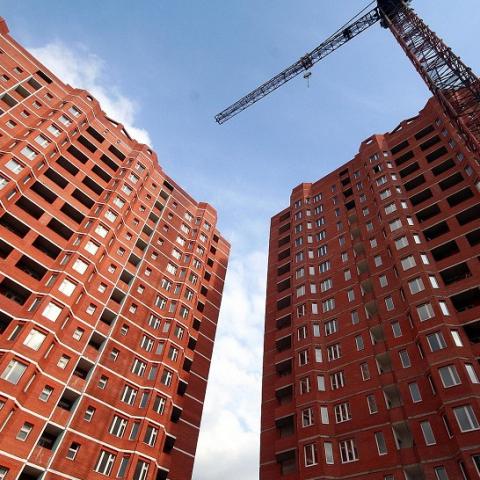 Кабмин сократил количество строительных норм