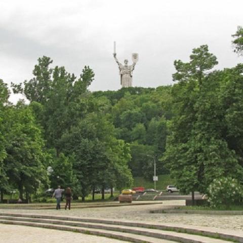 «Киевгорразвитие» запланировало реконструкцию Наводницкого парка