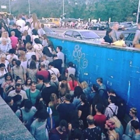Появилась петиция о строительстве прямого выхода из метро к ВДНХ