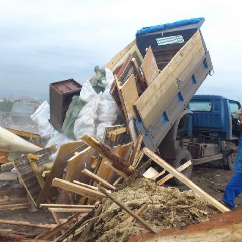Киевлянам придется платить за вывоз мусора по отдельному счету