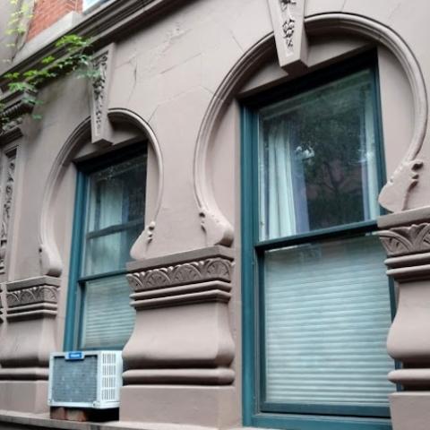 В Киеве могут запретить установку кондиционеров на фасадах архитектурных памятников