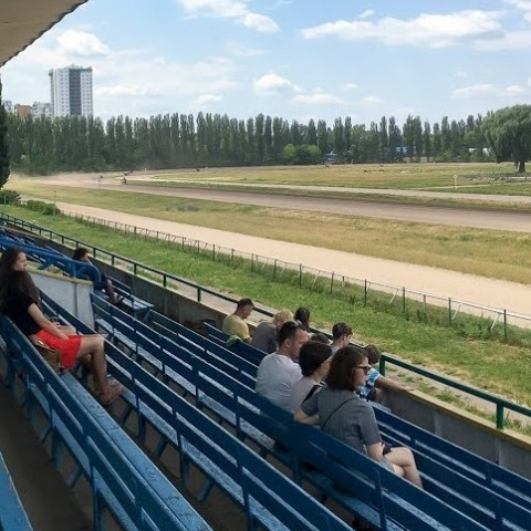 «Киевский ипподром» частично отреставрируют
