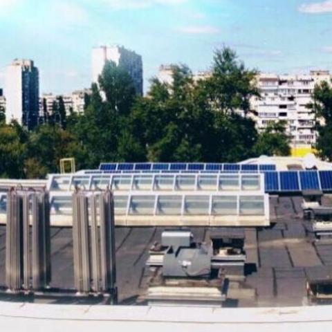 Киевский университет перешел на использование возобновляемых источников энергии