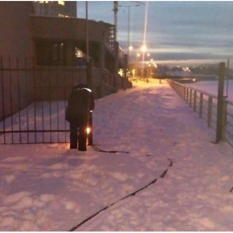 Коммунальщики демонтировали забор возле ЖК RiverStone