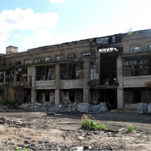 Кто разрешил строительство жилья воздле опасного завода