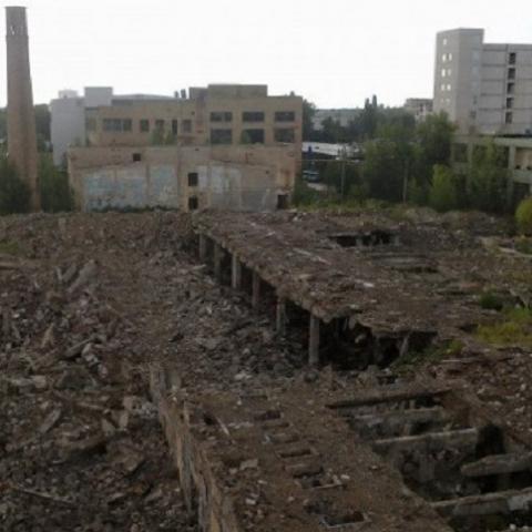 Кто строит жилой дом возле ртутного завода