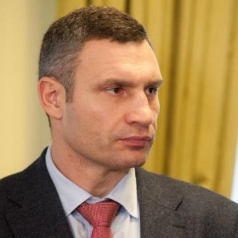 Мер Києва почав звільняти керівників зі своєї команди