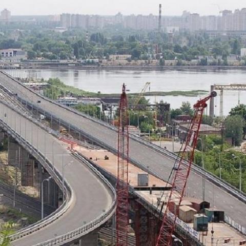 Мэрия просит денег на завершения проекта развязки на Днепровской набережной
