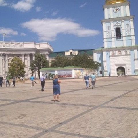 Михайловскую площадь освободили от припаркованных авто