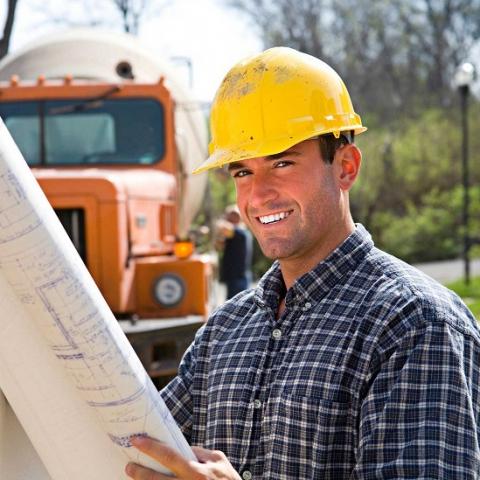 Минрегион увеличил зарплаты строителям