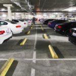 На Академика Глушкова незаконно строят подземный паркинг