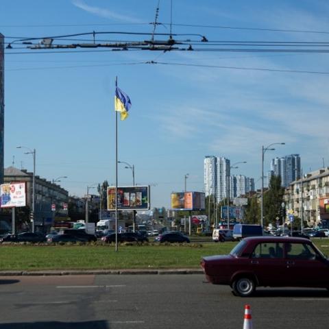 На Дарницкой площади появится сквер