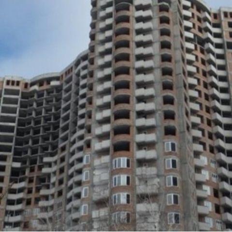 На улице Семьи Сосниных завершат строительство многоэтажек