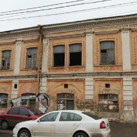 На улице Житнеторжской разрушается памятник архитектуры