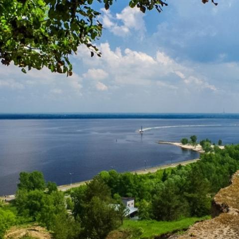 Набережную Киевского моря в Вышгороде собираются застроить
