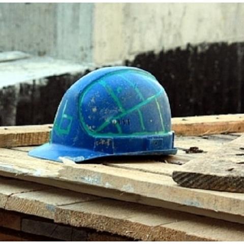 Нардеп просит проверить законность строительства в парке «Нивки»