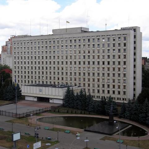 Облсовет разрешил отдать в аренду коммунальные помещения в Бородянке