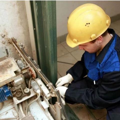 Ответственных за ремонт лифтов в жилых домах накажут
