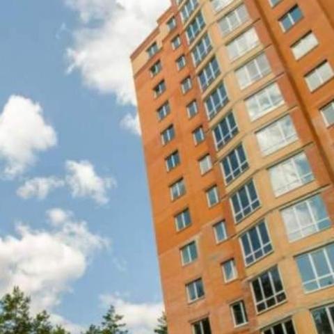 Под Киевом инвесторы за свой счет достраивают дом-многоэтажку