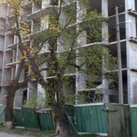 Пострадавшим инвесторам «Элита-центра» построят дом на Троещине
