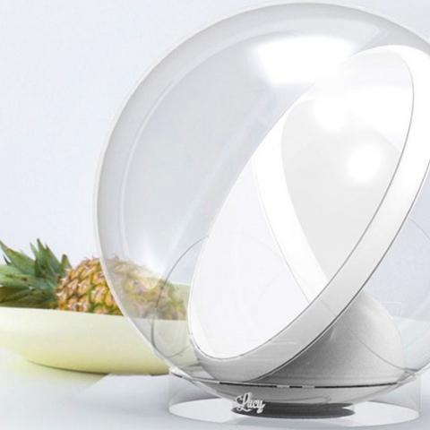 Робот-зеркало отражающий солнечный свет в дом