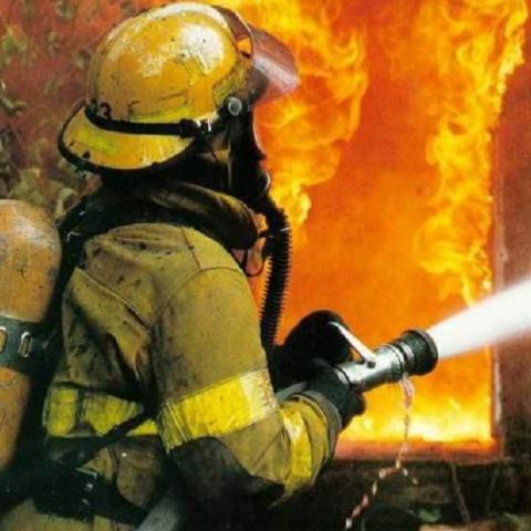 Спасатели проверяют дома из-за роста числа пожаров