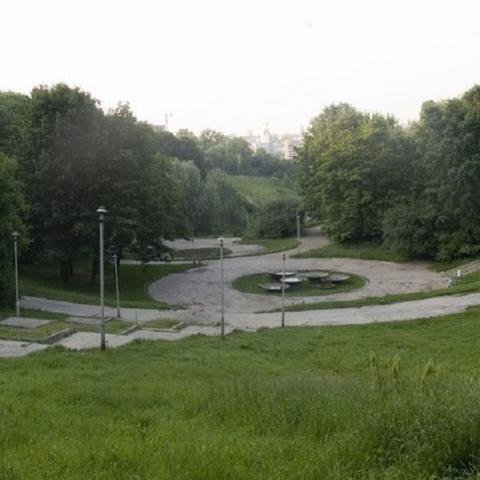 Столичный парк отремонтируют с учетом пожеланий киевлян