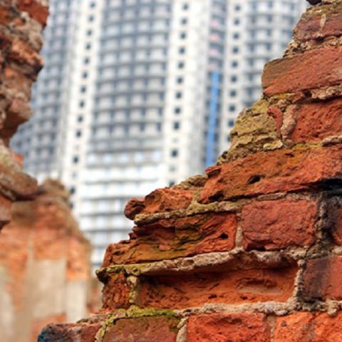 Строительство на ул. Половецкой может привести к разрушению соседних домов