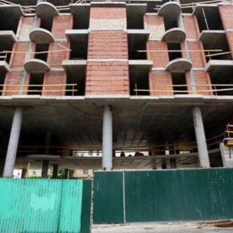 Суд оставил в силе решение о сносе двух этажей в проблемном ЖК возле Софии Киевской
