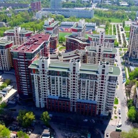 Суд заарештував в Києві житловий комплекс «Сонячна брама»