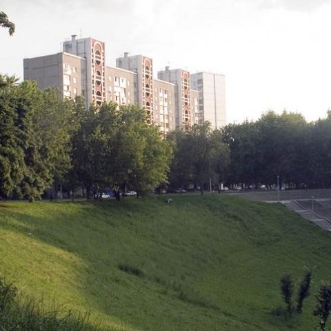 Суд запретил строительство офисно-жилого комплекса возле Батыевой горы