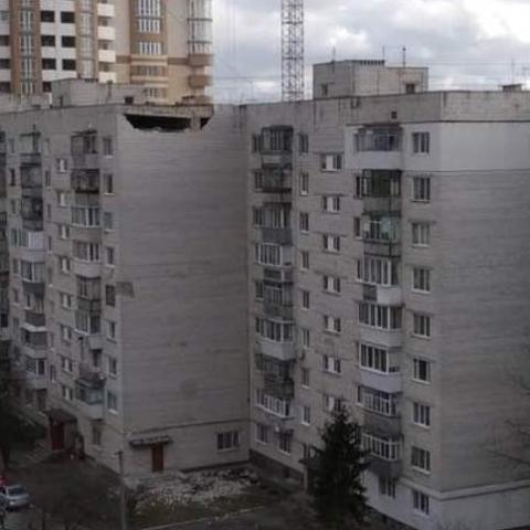 У Борисполі відвалилась частина будинку