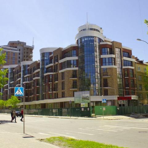 Удачная перепланировка большой квартиры: ЖК на пересечении улиц Малевича и Лабораторной