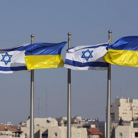 Украина подписала с Израилем договор о трудоустройстве строителей