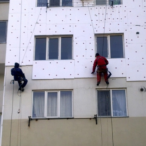 Украинцы тратят миллионы на утепление жилья