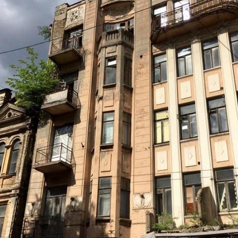Усадьбу Мурашко в центре Киева признали аварийной