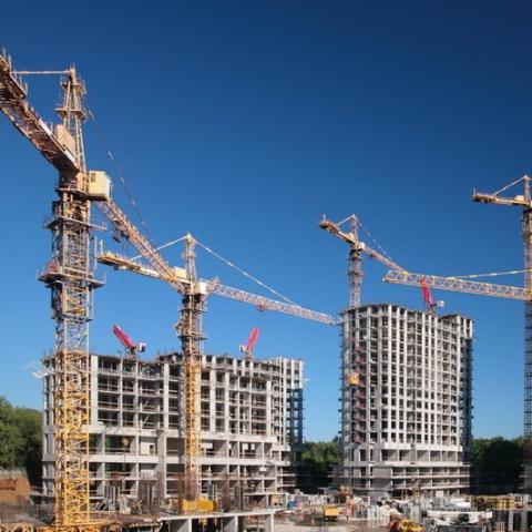 В каких областях провели больше всего строительных работ