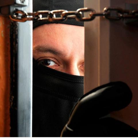 В каких районах чаще всего грабят квартиры