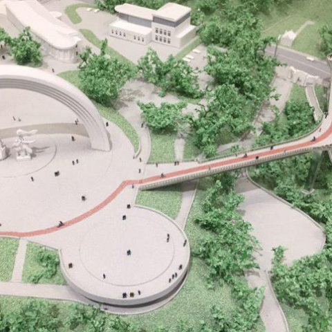В Киеве идет строительство пешеходно-велосипедного моста между Владимирской горкой и Крещатым парком