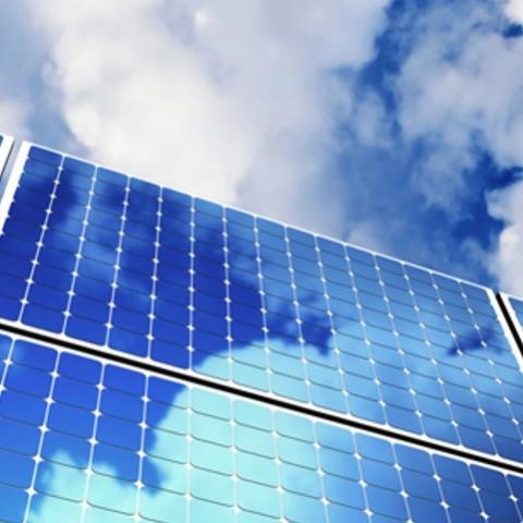 В Киеве на кинотеатре установят солнечные батареи