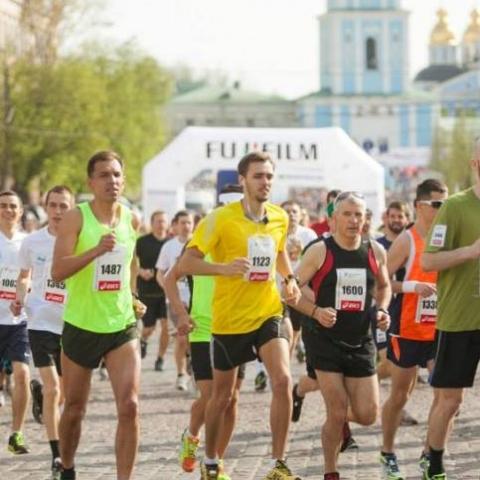 В Киеве на выходных ограничат движение из-за марафона: какие улицы перекроют