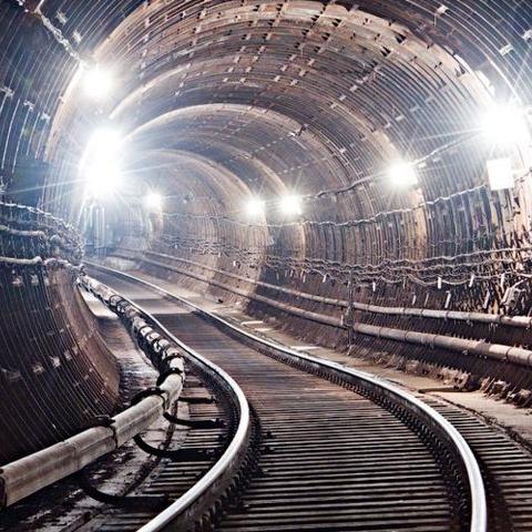 В Киеве объявили тендер на ремонт бомбоубежищ в метро